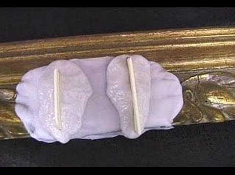 How to Repair an Antique Picture Frame with Silicone Putty