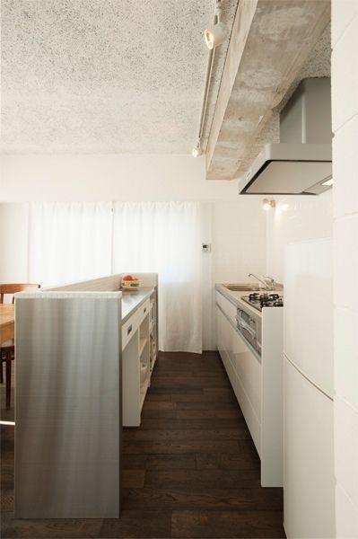 stylekoubou(スタイル工房) 二世帯分のマンションを一世帯用にリフォーム。素材感が魅力の広々とした住まい(東京都 Tさん/マンション) Goodリフォーム.jpの住宅リフォーム情報