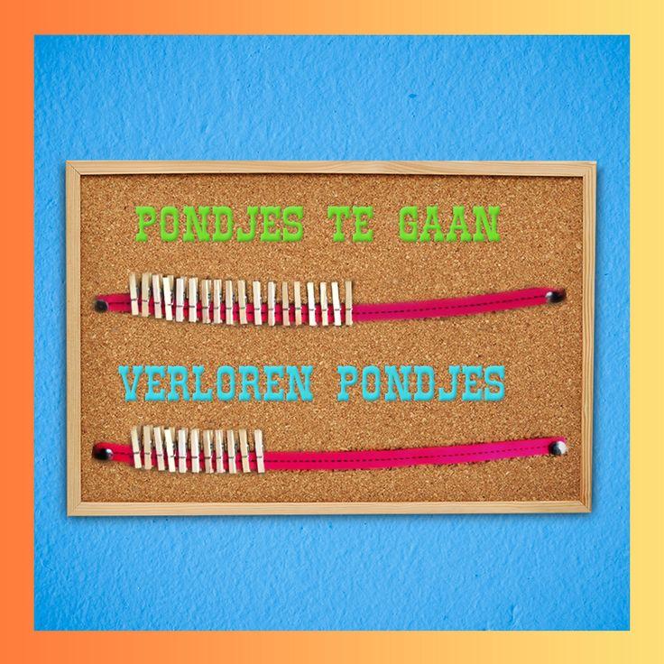 Houd de verloren pondjes bij met knijpertjes aan een lint. #DIY