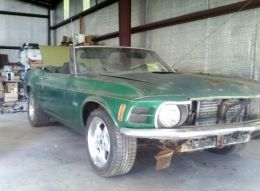 1970 Ford Mustang Convertible Muscle Car by MrBhp http://www.musclecarbuilds.net/1970-ford-mustang-convertible-build-by-mrbhp