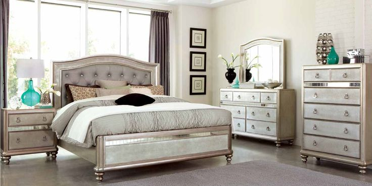 Bling Game Collection Metallic Platinum Bedroom Bed