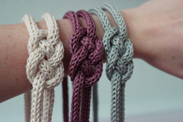 Haarband oder Armband aus Stricklieselband knoten