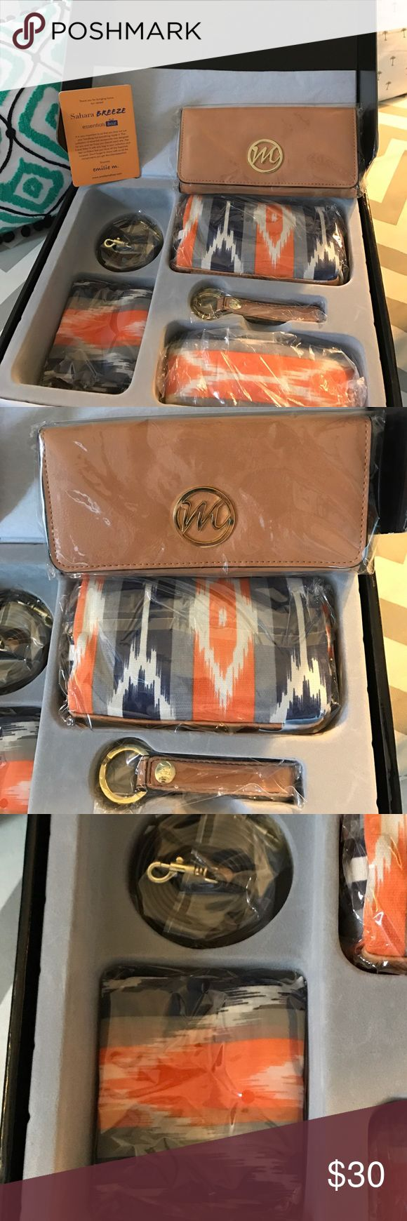 SAHARA BREEZE Gift Set!! AMAZING VALUE AWESOME BOX!!!!! Over $100 value !!!! Brand NEW!!! Never Used!!!  Cross body Wallet/Purse with Strap , Cosmetic Case , Scarf, Key Fob , Sunglass Case ...🌸🌴 SAHARA BREEZE Bags Clutches & Wristlets