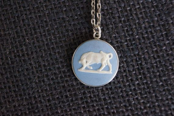 Vintage Sterling Silver Wedgewood Jasperware Necklace - Taurus the bull Astrology - 1977 London Silver - Vintage Silver - Star sign pendant on Etsy, $79.00 AUD