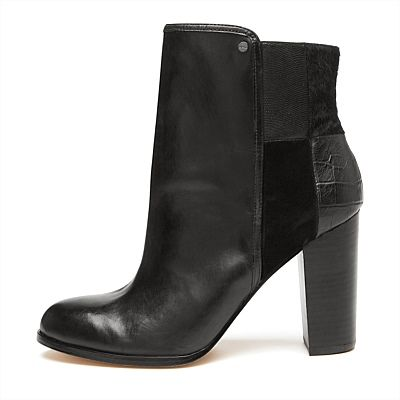 Make Tracks Ankle Boot will help me do just that - 'make tracks' to the shops full of inspiration from the runway show! gorgeous Mimco boots from their Eccentric Sporto range #mimcomuse