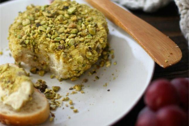 15 DIY Vegan Cheeses That Taste Awesome