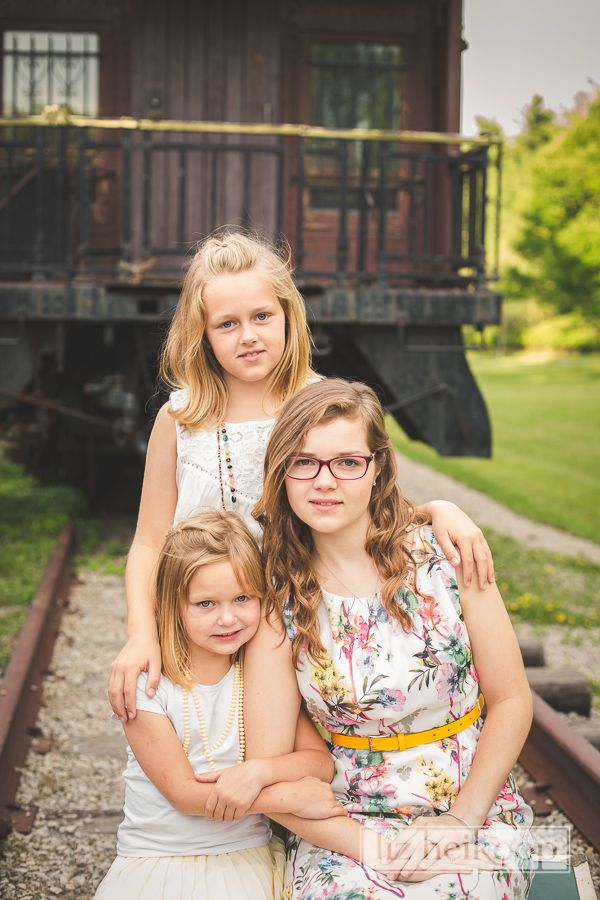 Three sisters by vintage railway car l Family Rail Car Session l Liz Heikoop Photography