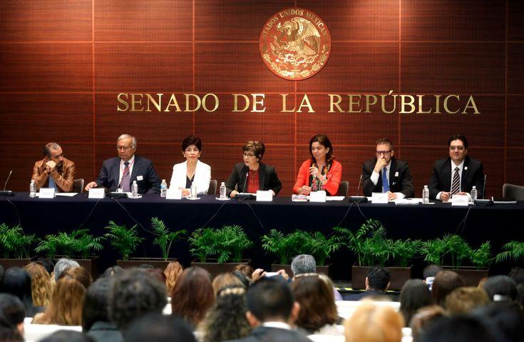 """Foro """"Avances, retos y compromisos para garantizar la igualdad de género en el ámbito laboral en México"""" - http://plenilunia.com/voluntades-en-accion/foro-avances-retos-y-compromisos-para-garantizar-la-igualdad-de-genero-en-el-ambito-laboral-en-mexico/35436/"""