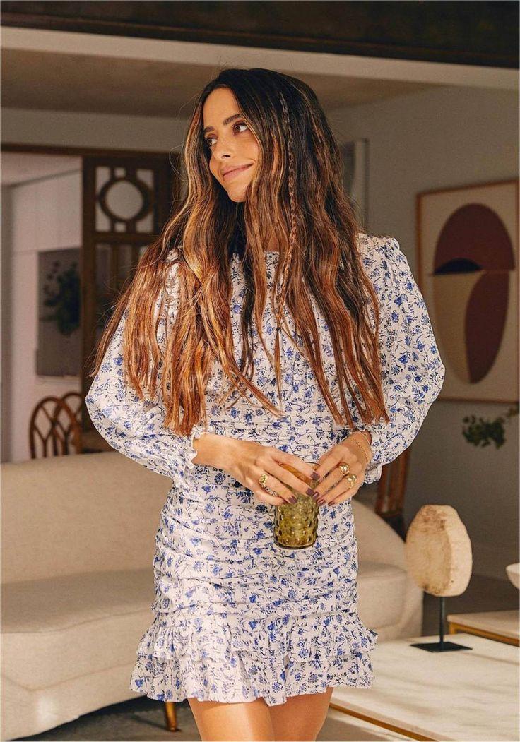 Lara Alvarez, Estilo Boho, Sequin Skirt, Braids, Make Up, Bohemian, Hairstyle, My Style, Stylish