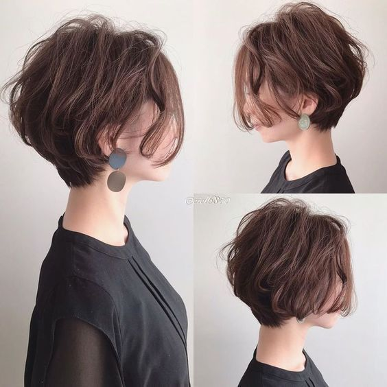 Hairstyles for Short Wavy Fine Hair