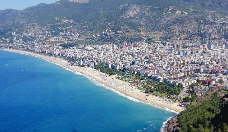 The Best Beaches in Alanya for Sun, Sea, and Sand