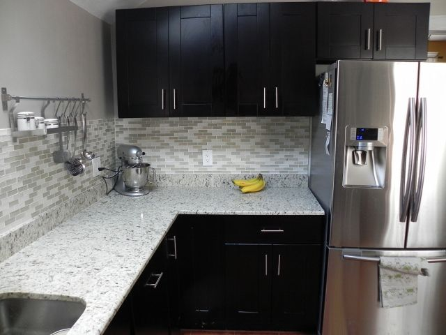 Kitchens Ideas, Lights Backsplash, Black Kitchens, Black Cabinets Grey