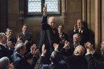 映画『ウィンストン・チャーチル/ヒトラーから世界を救った男』ゲイリー・オールドマンが熱演 - 写真1