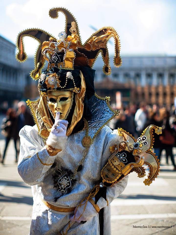 Venice Italy Carnival 2015 | Vanice Carnival 2015 Wallpapers - Carnival of Venice.      For more great pins go to @KaseyBelleFox