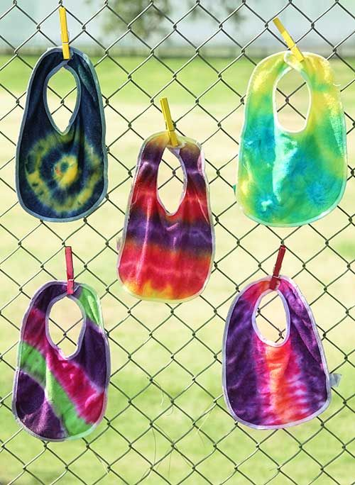 Throw a Tie Dye Onesie Party at your next Baby Shower