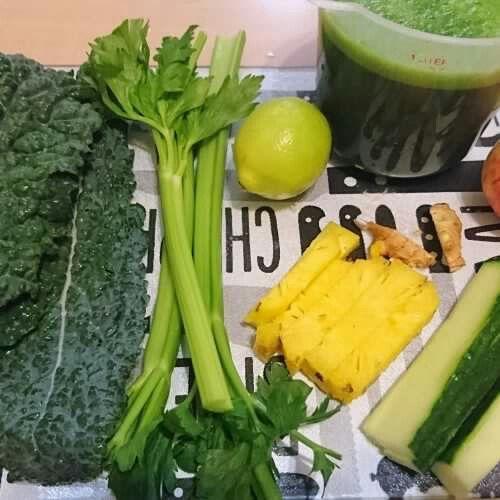 Should you juice? http://truehealthandwellness.co.za/wp/2017/04/27/should-you-get-juiced/