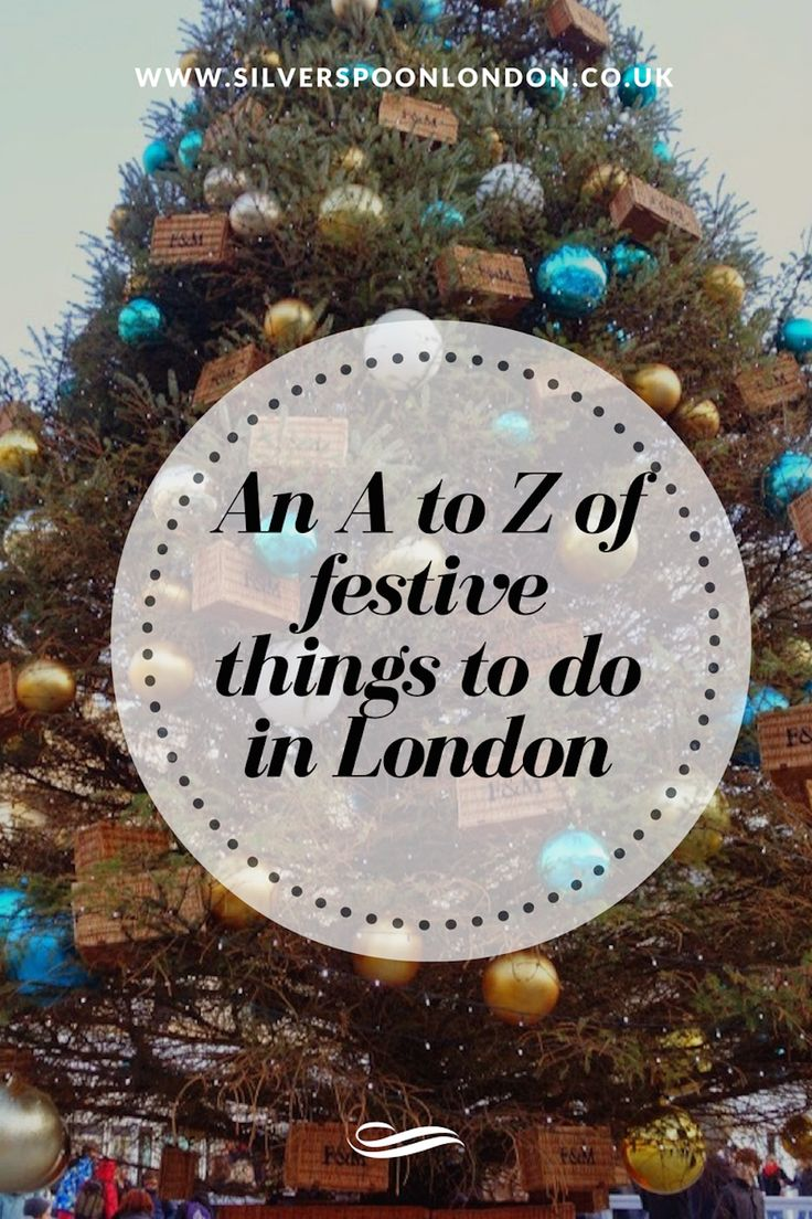 Looking for the most festive things to do in London during the holidays?  Here's a complete list!