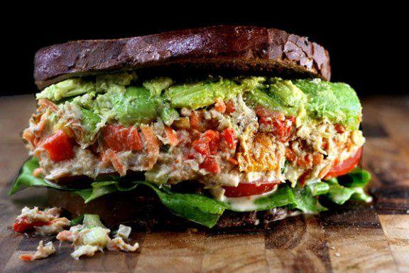 "Loaded Chicken or Tuna Salad with Garlic Greek Yogurt Ranch ""Mayo"""