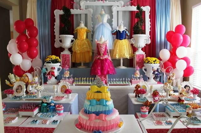 Disney Princess Birthday: 4Th Birthday, Party'S, Disney Party, Princess Party, Princess Birthday Parties, Princesses, Birthday Party Ideas, Disney Princess Birthday, Birthday Ideas