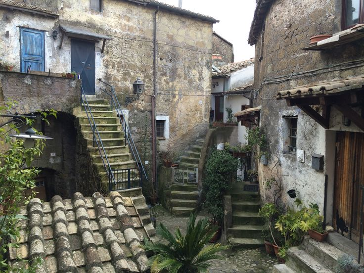 A dead end little street of Calcata takes you in this small square where people still live