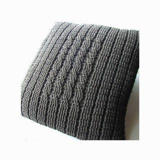 Vintage knitting free patterns, gratis breipatronen onder andere jaren 70 patronen: Kussens om zelf te breien of haken met patroon