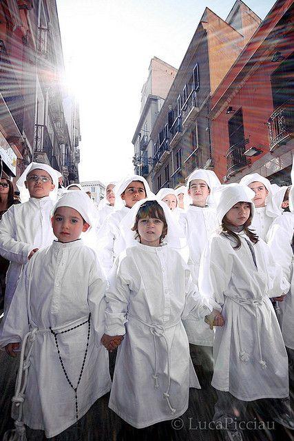 La calata degli angeli Cagliari, Sardinia