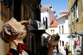 Wine Sintra Copyright Crystian Cruz Sintra European Best Destinations #Sintra #Portugal #Travel #Europe #tourism #ebdestinations @visitportugal @ebdestinations
