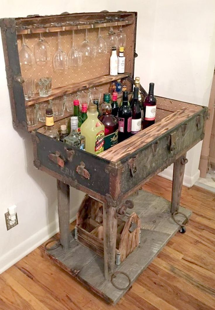 Suitcase Decor - Unusual Home Decor Ideas - #Antique #Decor #home #ideas #Suitcase