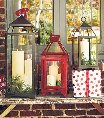 I love these Christmas lanterns!!