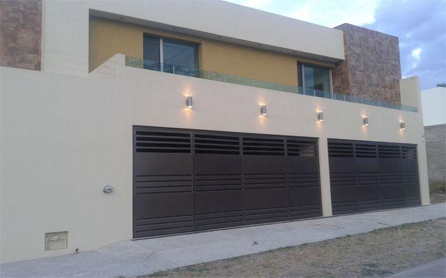 Casa Habitación -  Iluminación Exterior