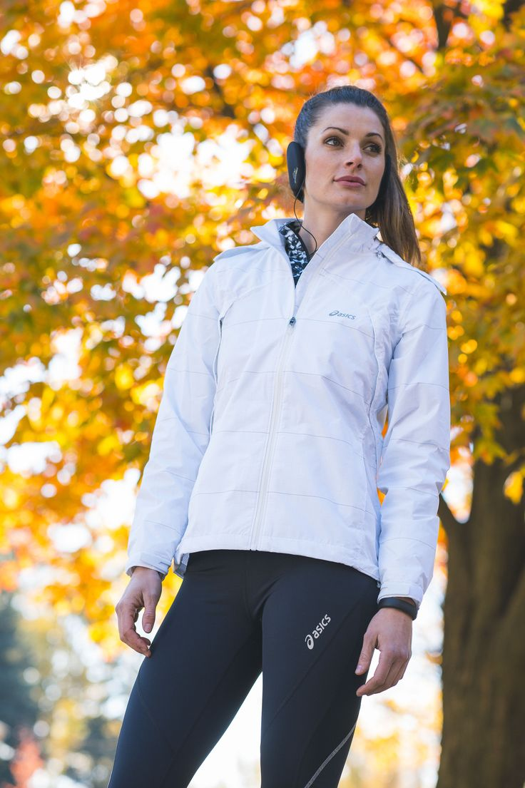 Stay protected against the elements in this Asics Storm Shelter jacket
