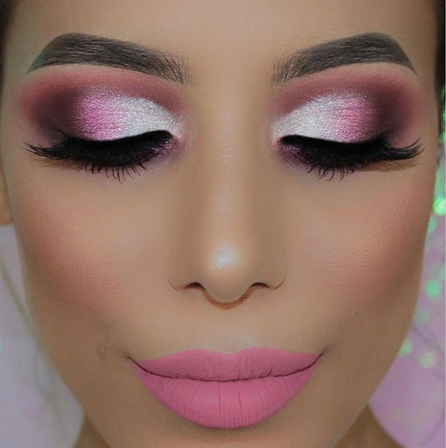 Barbie Glam from our girl @amysmakeupbox who kept it colorful with the 35B palette. www.morphebrushes.com🎀🎀#MorpheBabe