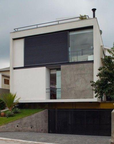 Architect: Flavio Castro Location: Mirante do Horto Condominium, Horto Florestal, São Paulo, Brazil Construction: Flavio Castro, José Claudio