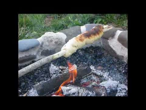 How to make campfire bannock on a stick. More instructions & recipe here: http://www.paddlinglight.com/articles/tutorial/how-to-cook-bannock-on-a-stick-campf...