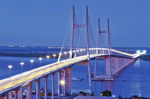 Puente Rosario-Victoria, donde se conectan 2 provincias. Santa Fe -Entre Rios.