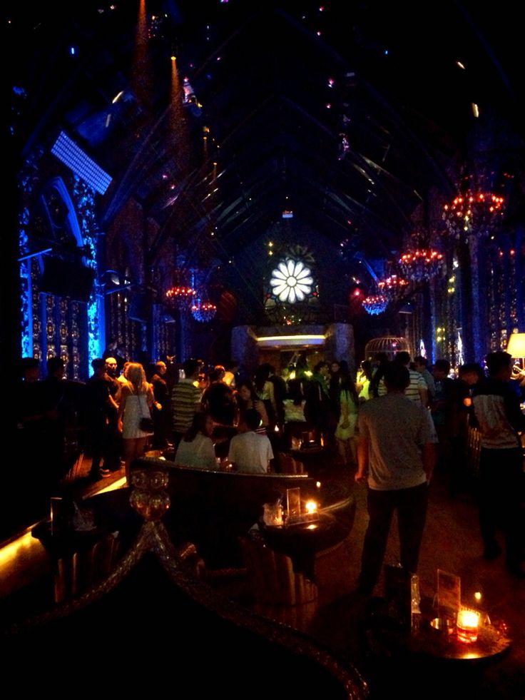 Mirror Club, Bali