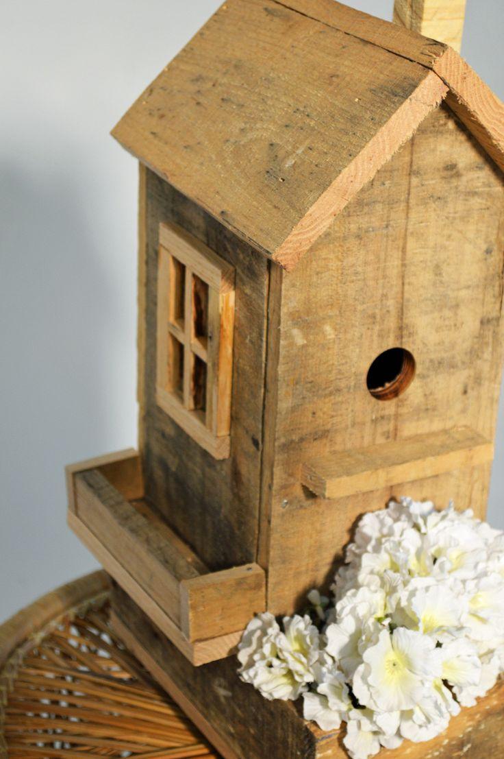 Birdhouse constructed of wood bird house design free standing bird - Pallet Bird House Pallet Woodpallet Ideaspallet