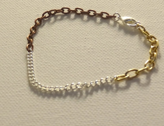 Gold bronze and silver chain bracelet by Kittycrabtree on Etsy, €7.00