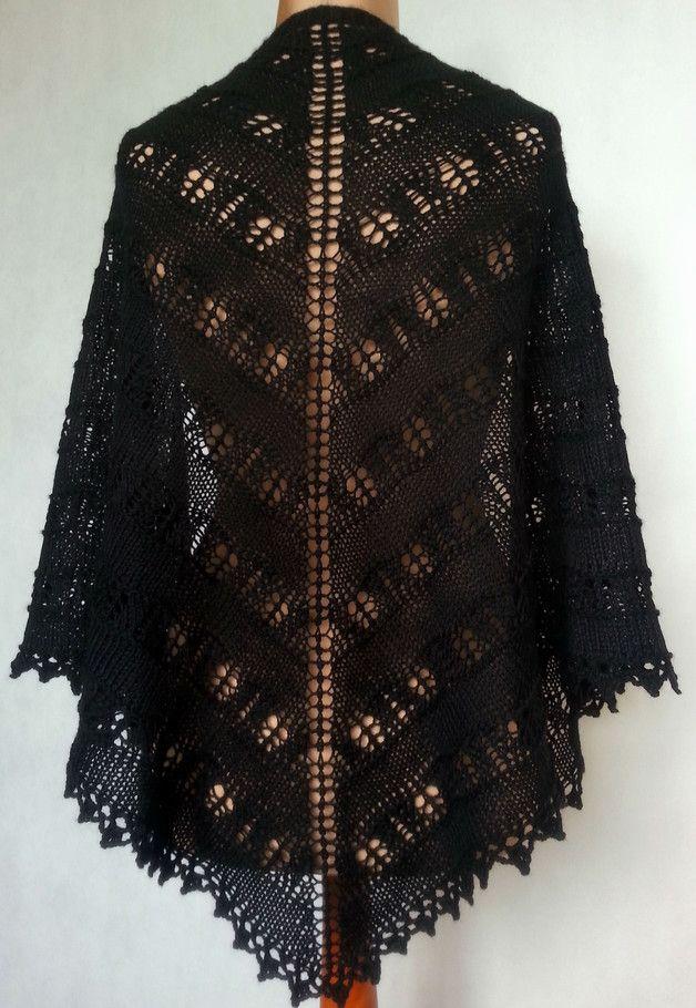 Czarna, ażurowa chusta wykonana na drutach. - Motki - Chusty