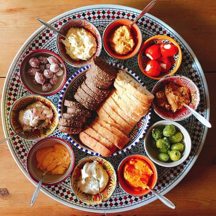 Paps en mams eten even gezellig mee, het was er weer eens tijd voor 🤗🤗 Héle gezellige avond iedereen en geniet #dinner #tapas #foodie #fit #fitgirl #fitness #instafood #instafit #instagood #goodtimes #fitdutchies #gym #foodstagram #foodporn #diet #fitspo #training #weightloss #workout #bread #picoftheday