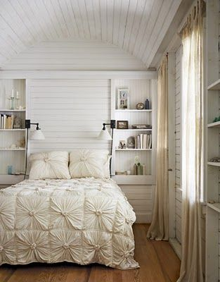 comforter and walls/bookshelvesDecor, Guest Room, Cottages Bedrooms, Bedspreads, Beds Spreads, Duvet Covers, White Bedrooms, Wood Ceilings, Bedrooms Ideas