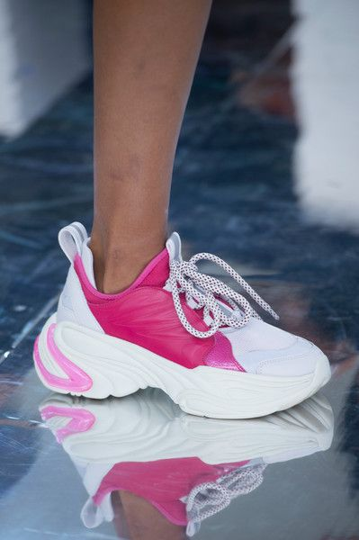 super popular 5b00c 34ce2 Byblos at Milan Fashion Week Spring 2019 nel 2019   Original shoes ⭐    Shoes, Fashion shoes e Sneakers