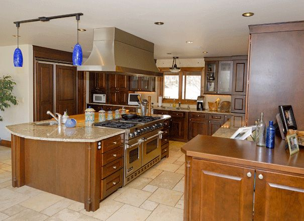 Large 1 level islands butcher block in island 48 viking range in island stainless island hood Kitchen design center stove