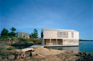 Casa galleggiante: sul lago Huron, in Canada http://www.desainer.it/curiosita/casa-galleggiante-sul-lago-huron-in-canada.php