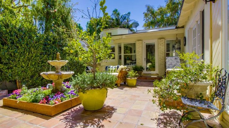 Dania Ramirez, of 'Devious Maids' Fame, Lists Hollywood Home for $1.8M
