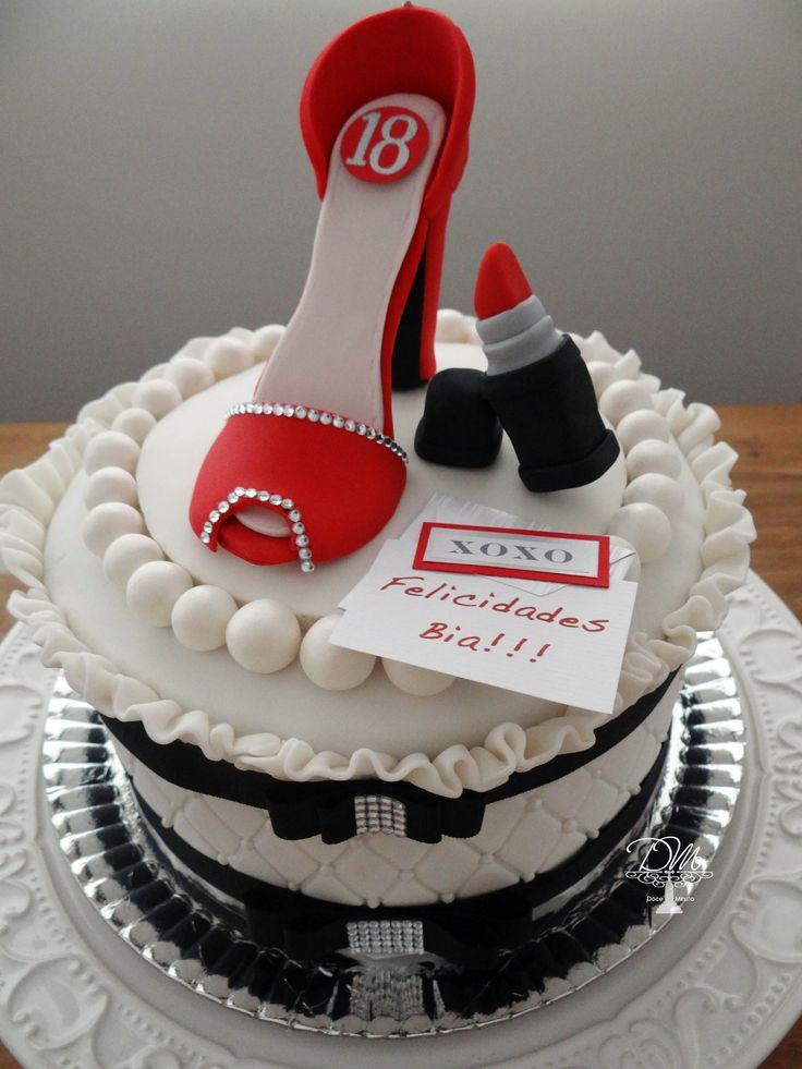 102 best bolos decorados e naked cake images on pinterest gourmet bolo decorado em pastilhagem tema 18 anos thecheapjerseys Gallery