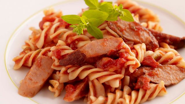 Sausage and Tomato Pasta. A tasty and very economical family meal – can be a great way to use up leftover sausages.#sausage #pasta #dinner