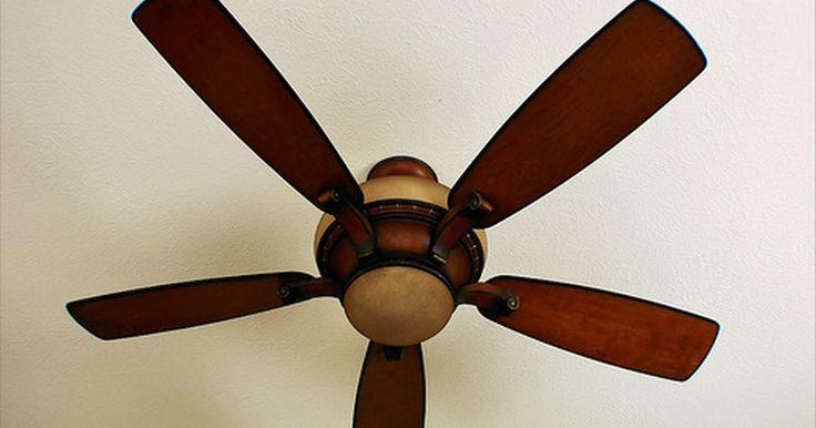 Resolución de problemas de los ventiladores de techo Hampton Bay. Los ventiladores de techo Hampton Bay, una marca de Home Depot, han sido instalados en miles de casas por todo el país. Estos ventiladores funcionales y elegantes son bastante económicos y vienen con una garantía de por vida. Si bien son populares y se consideran al mismo nivel de otras marcas de ventiladores del mismo rango de precio, el manual ...