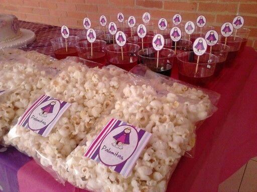 Palomitas, gelatina, mesa de dulces, piñatas, fiestas