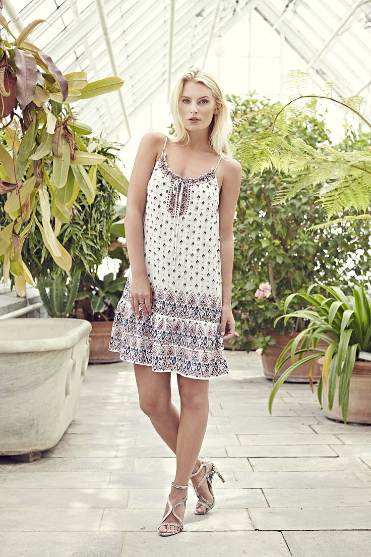 Tamara dress - Lilly